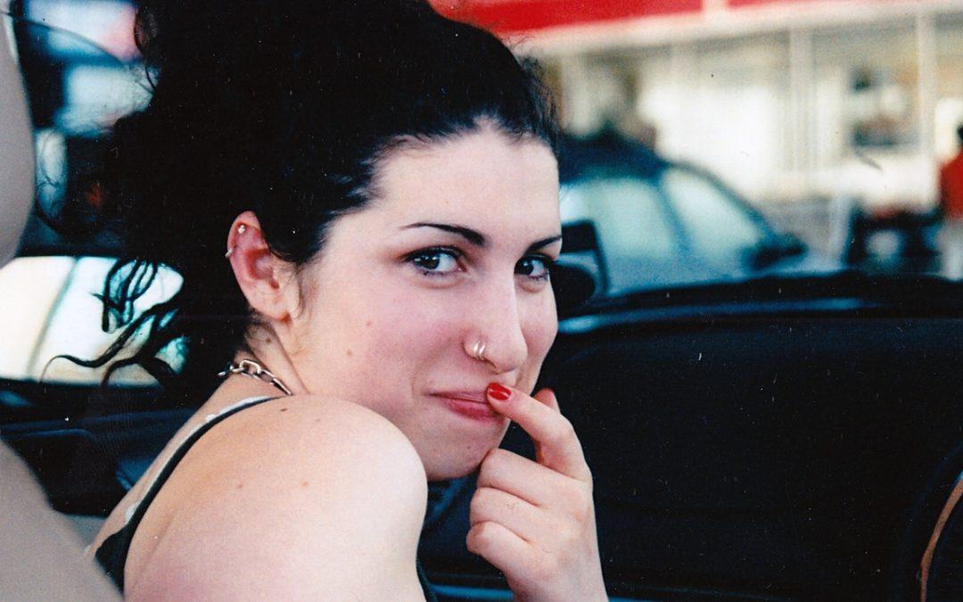 BROKEN STARS: Amy
